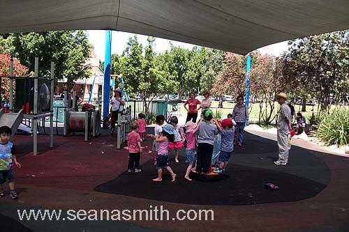 bicentennial park undercover parks