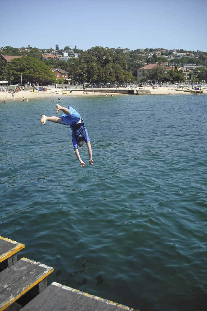 Balmoral baths teenager takes huge dive into the sea