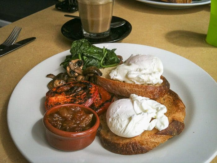 hyams beach cafe breakfast