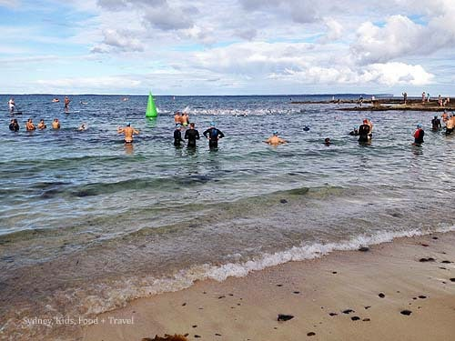 Huskisson Triathlon Festival Ocean Swim Classic women start