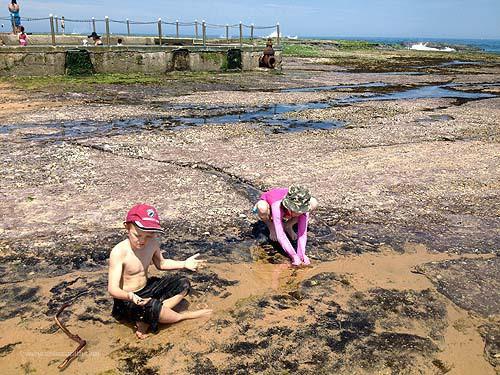 Mona Vale beach rock pools