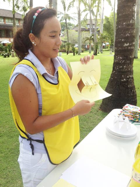 Craft at mini club Kids Club Bali Club Med