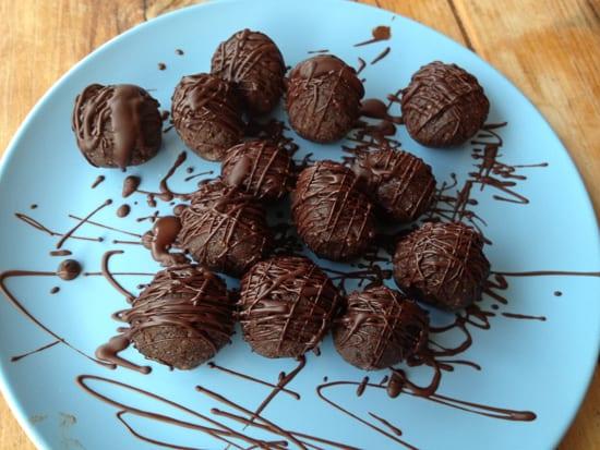 Healthy Choc Truffles-7