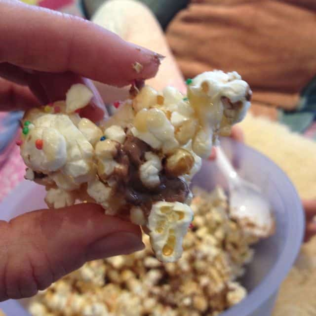 easy caramel popcorn recipe 2