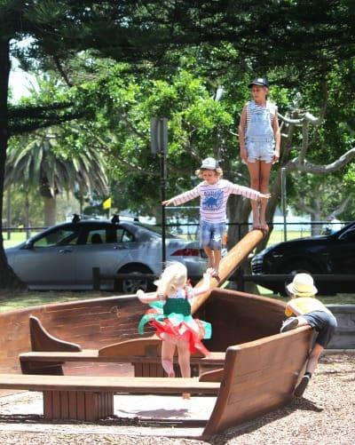 1 Governor Phillip Park Palm Beach