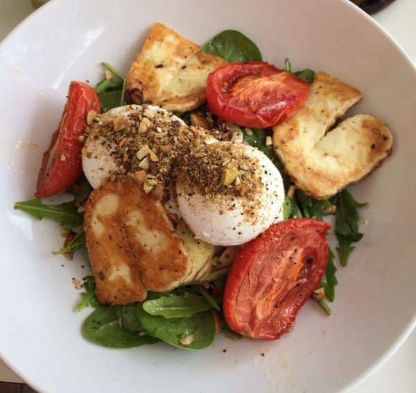supply cafe huskisson brekkie salad