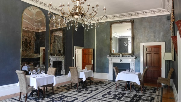 Qamby estate dining room