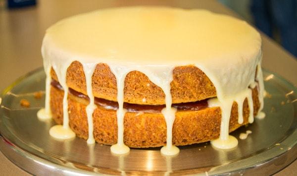 Easy white chocolate mud cake wide shot