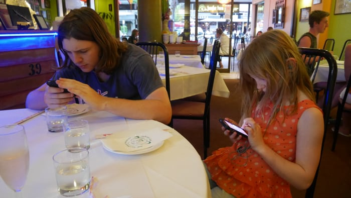 20141002 Kids on devices wine-002 2700