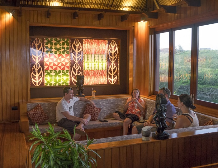 Outrigger Fiji Kalokalo lounge_1