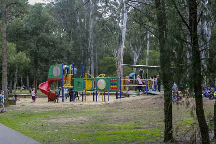 Nurragingy reserve playground