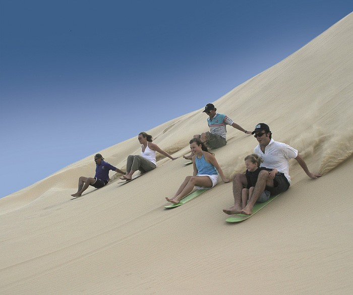 sand boarding Port Stephens