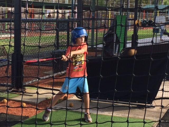 13. Minigolf and Baseball Carlo LZ