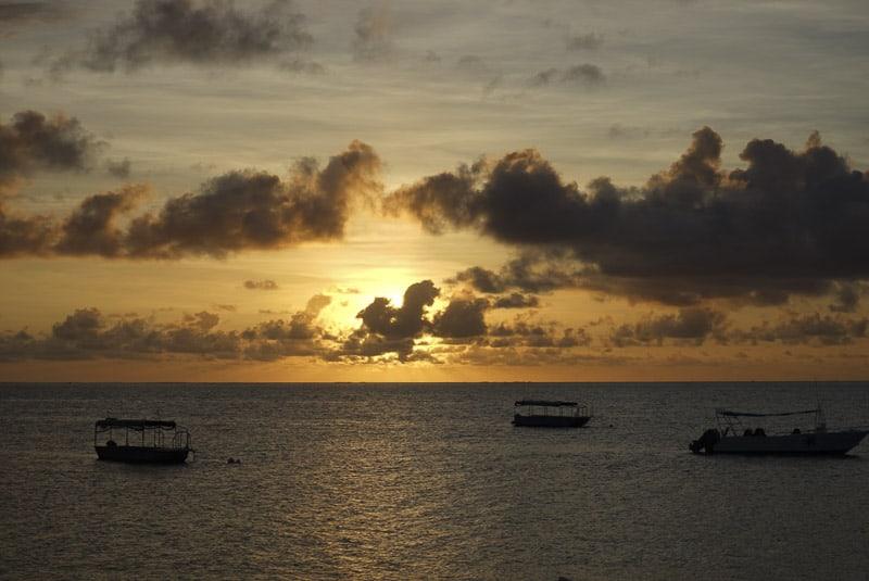 Castaway island family holiday _3