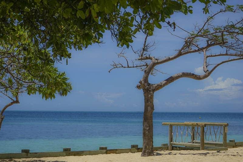 Castaway island family holiday _4