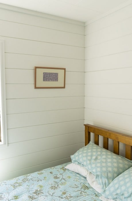 white painted wooden interiors beach house_9