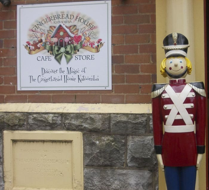 gingerbread house Things To Do In The Blue Mountains with kids