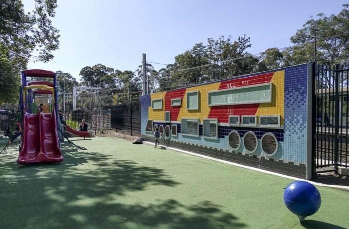 beecroft-train-stations-gardens-playground_2
