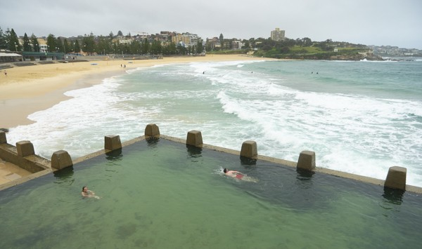 coogee rock pool and beach