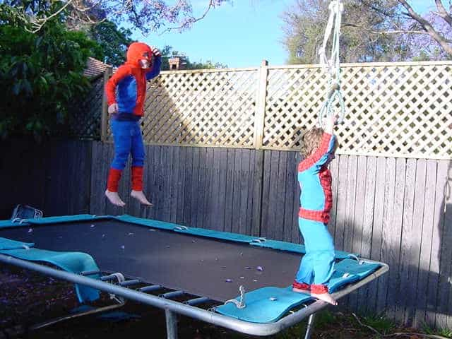 c-d-spidermen-on-tramp