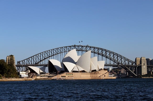 pram friendly sydney walks harbour opera house