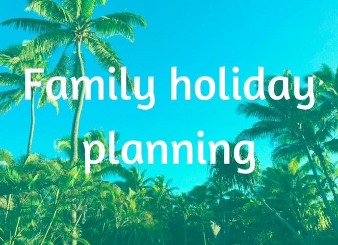 Family-holiday-planning3