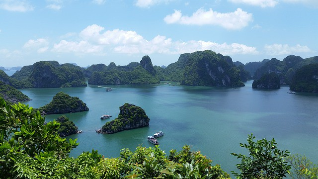 Vietnam Family Tours Halong Bay
