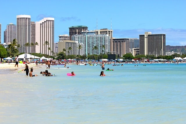 Hawaii family holidays Waikiki beach hotels