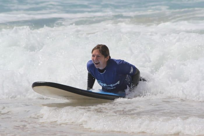 This image has an empty alt attribute; its file name is 20131011Bondi-Surfing-700x467.jpg