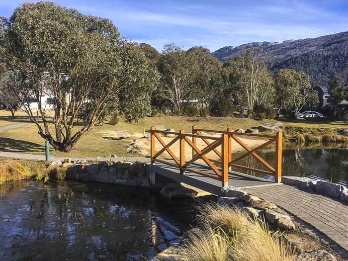 Lake Crackenback resort walking tracks