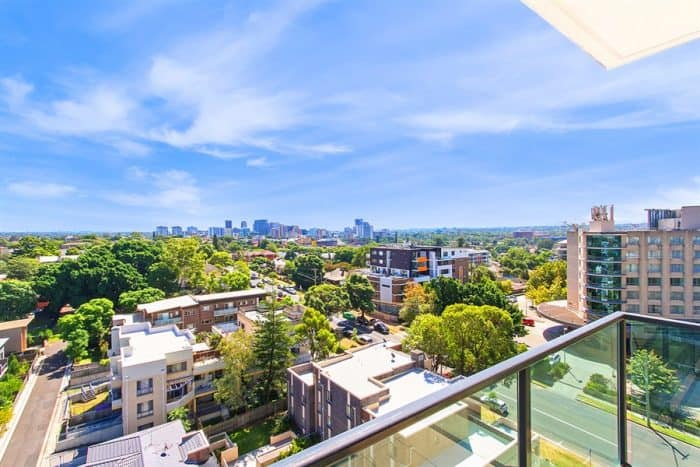 discount accommodation deals Parramatta
