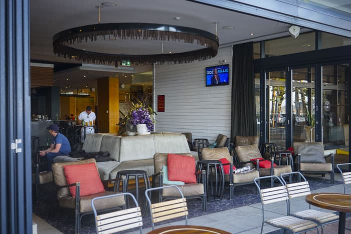 Novotel Manly pacific restaurants bars