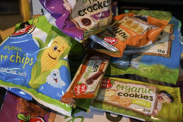 kids snack packing recycling