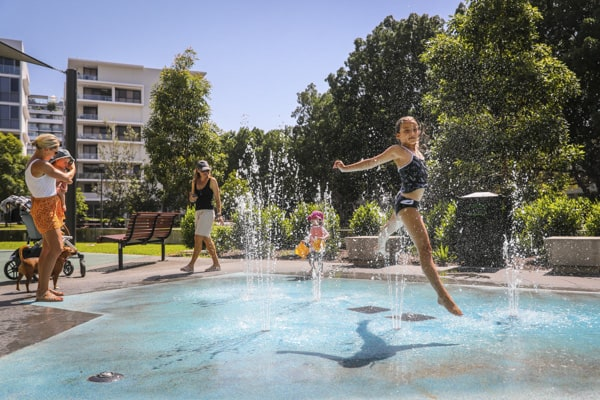 water playground sydney zetland