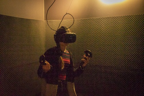 Standing up in Virtual reality game