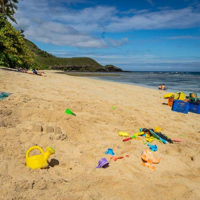 kids club on captain Cook Cruises Fiji includes beach play