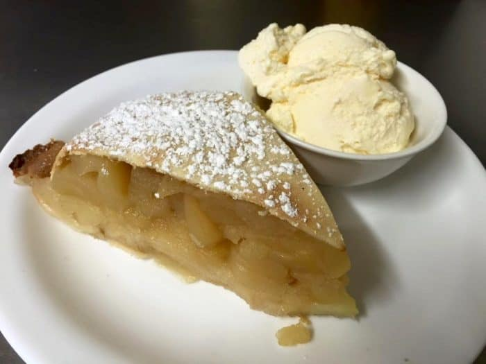 Megalong Valley Tea Rooms famous apple pie